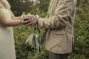"A Wiccan wedding, called a ""handfasting."" Photo cred: leavemetomyprojects.com"