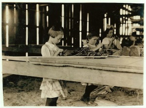 Child tobacco workers, Hazardville, CT, 1919
