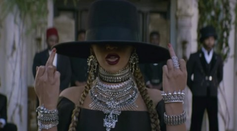 beyonce-formation-video-696x385