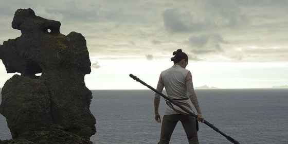 Star-Wars-8-Last-Jedi-Rey-Ahch-To-Training-cropped